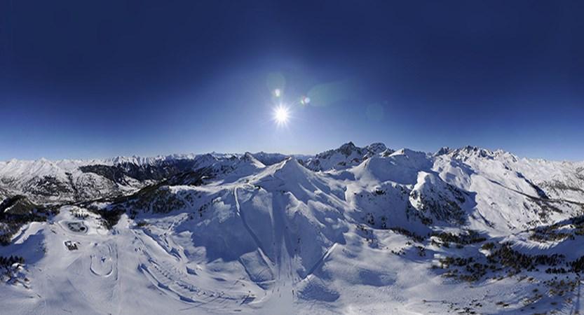 france_serre_chevalier_SerrechevalierPiste-panorama.jpg