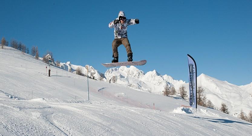 france_serre_chevalier_Snowboarder.jpg
