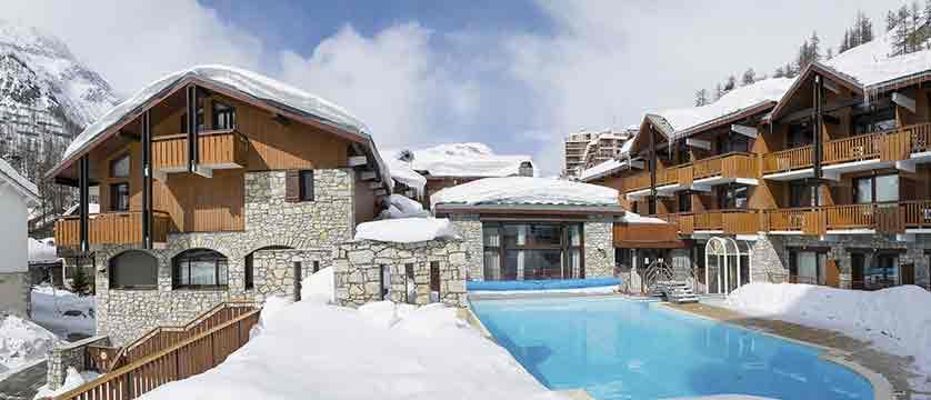 Chalets des solaise apartments pool exterior