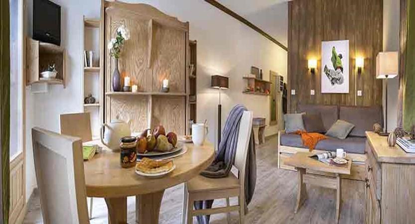 Chalets de solaise apartments - living area 2