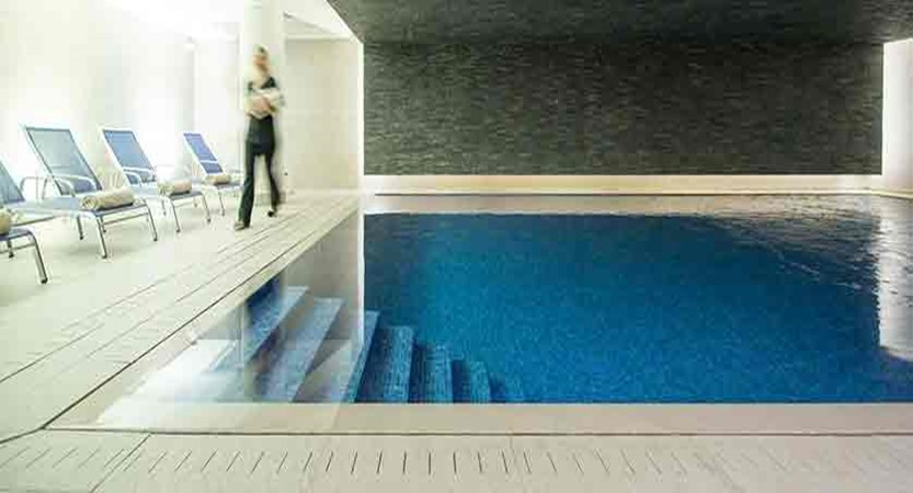 Hotel aigle des neiges - swimming pool (1)