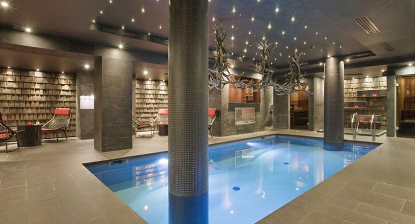 Avenue lodge indoor pool