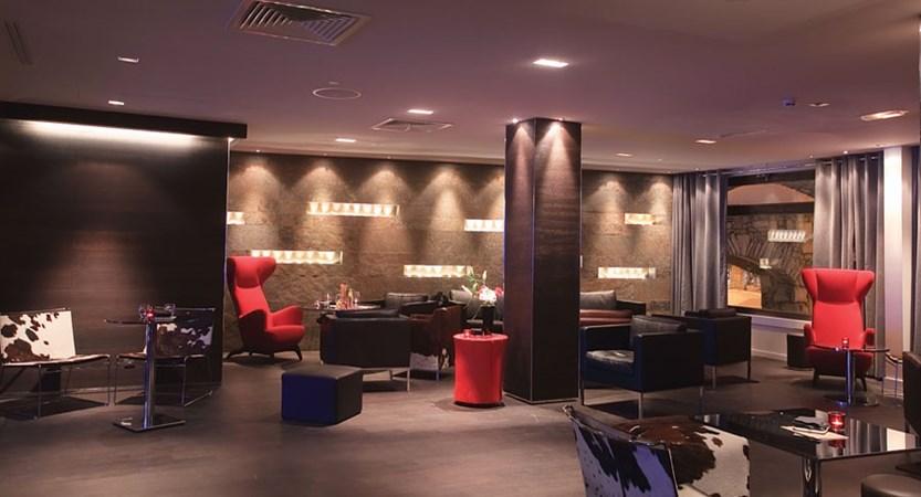 Avenue lodge lounge