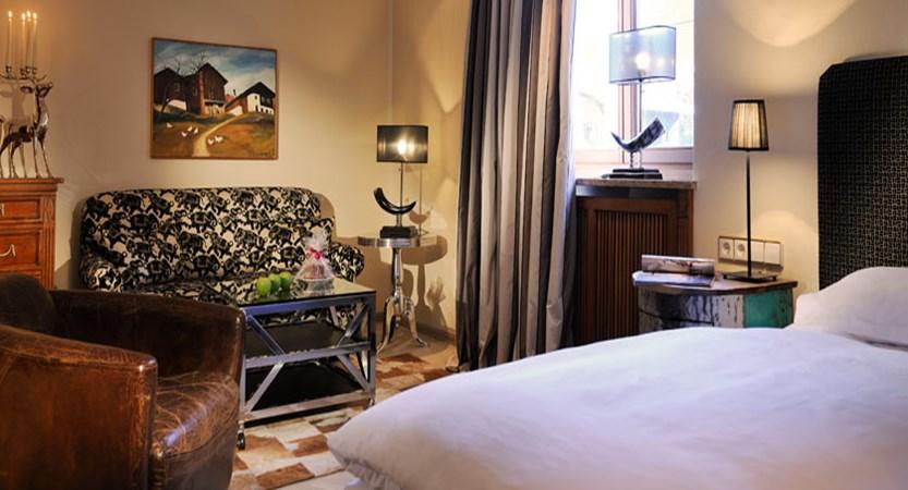 Hotel Arlberg, Lech, Austria - double Austrian twin bedroom.jpg