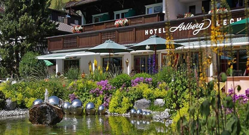 Hotel Arlberg, Lech, Austria - Garden terrace.jpg