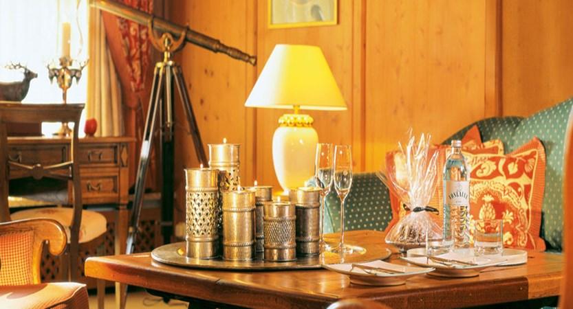 Hotel Arlberg, Lech, Austria - Lounge area.jpg