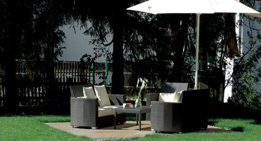 Hotel Arlberg, Lech, Austria - Seating area in garden.jpg
