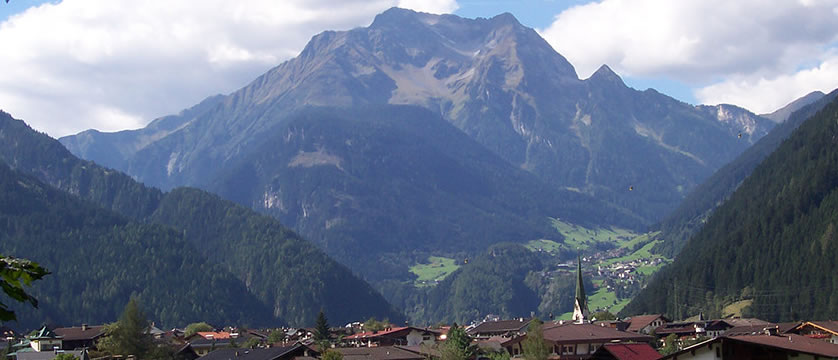 Mayrhofen mountain view