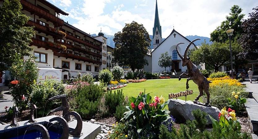 Mayrhofen streets.jpg