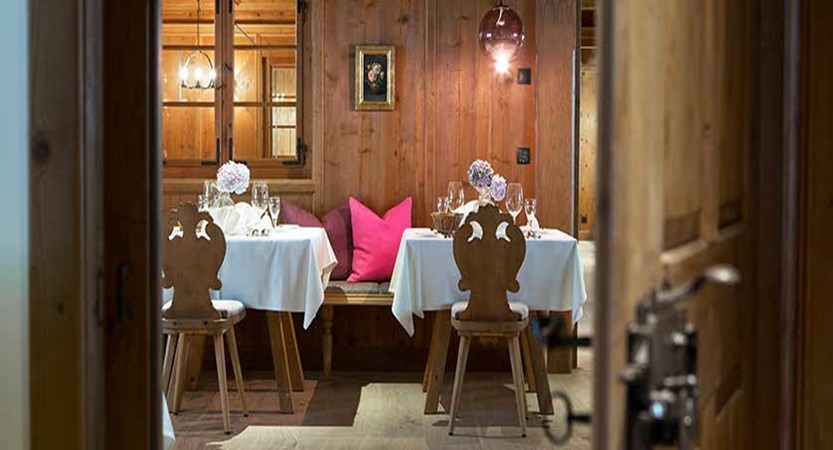 Elisabeth Hotel, Mayrhofen, Austria -  dining room.jpg