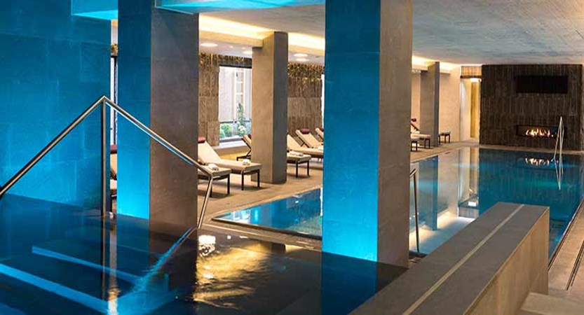 Elisabeth Hotel, Mayrhofen, Austria -  indoor swimming pool.jpg