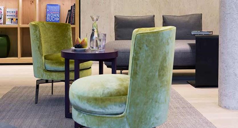Elisabeth Hotel, Mayrhofen, Austria -  lounge.jpg