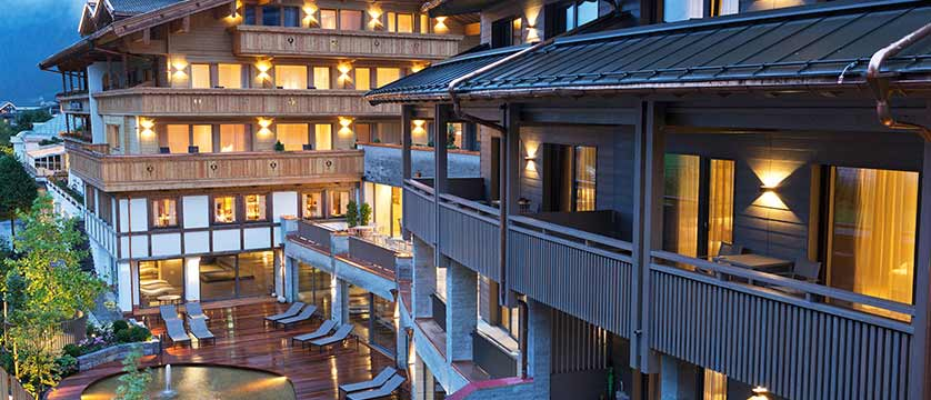 Elisabeth Hotel, Mayrhofen, Austria - Exterior at night.jpg