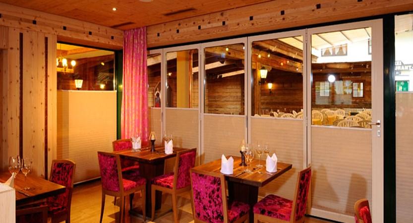 Hotel Rose, Mayrhofen, Austria - Dining room interior 2.jpg