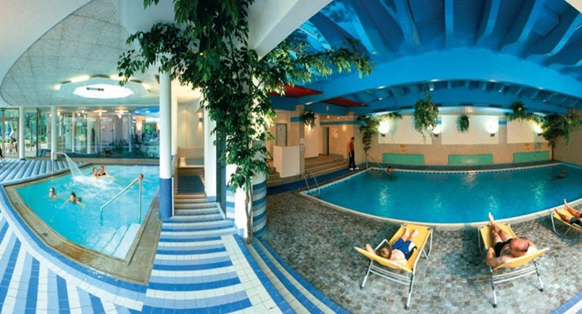 Hotel & Sporthotel Strass, Mayrhofen, Austria - indoor swimming pool.jpg