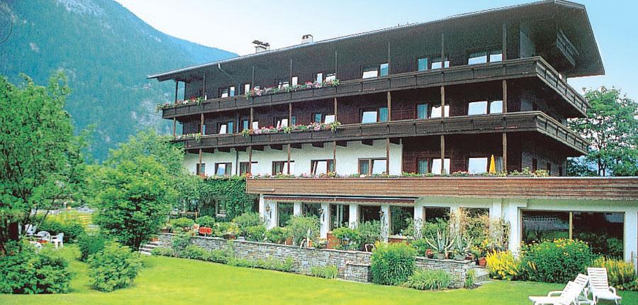 Hotel Strolz, Mayrhofen, Austria - eterior.jpg