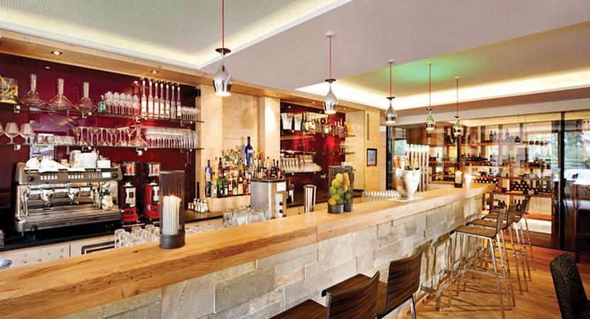 Huber's Boutique Hotel, Mayrhofen, Austria - bar.jpg