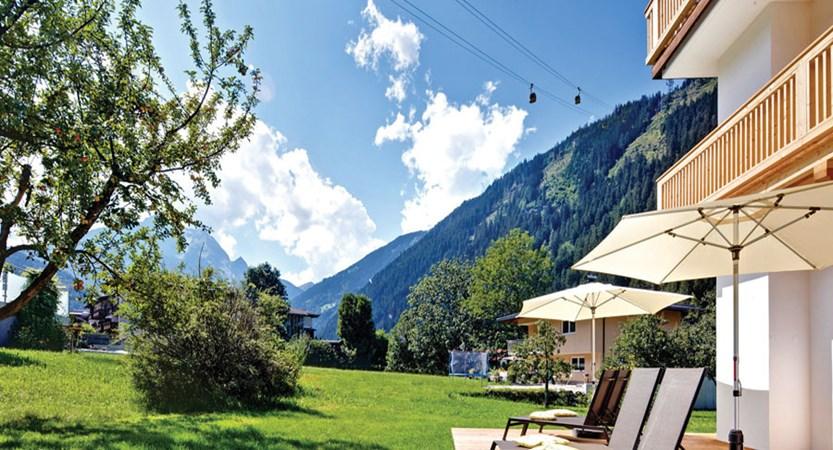 Huber's Boutique Hotel, Mayrhofen, Austria - terrace.jpg