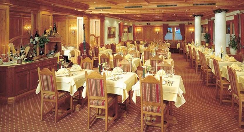 Sporthotel Manni's, Mayrhofen, Austria - Restaurant.jpg
