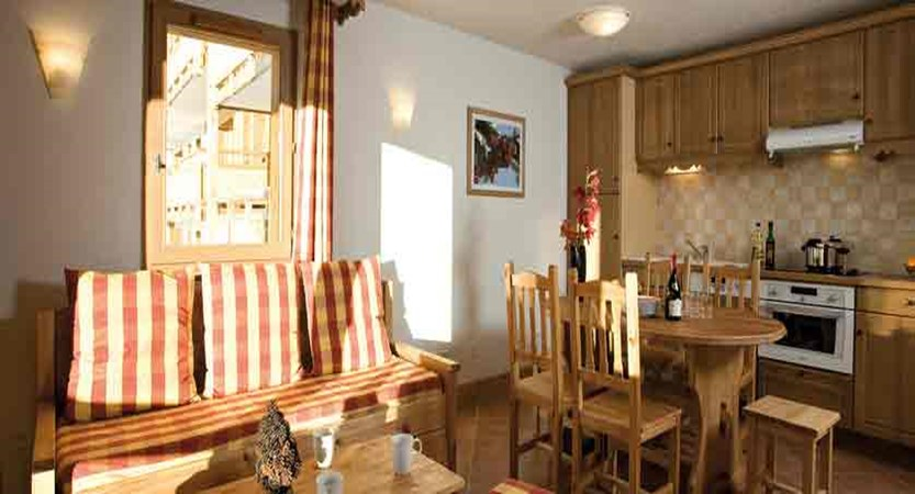 Hameau des airelles - living room