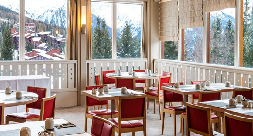 france_lesarcs_hotel-dugolf-breakfast-room.jpg