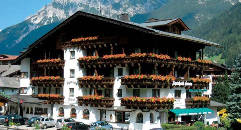 Fernau Alpenhotel, Neustift, Austria - summer exterior.jpg