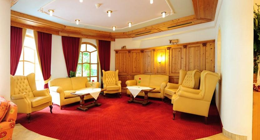 Alpenhotel Kindl, Neustift, Austria - Lounge area.jpg