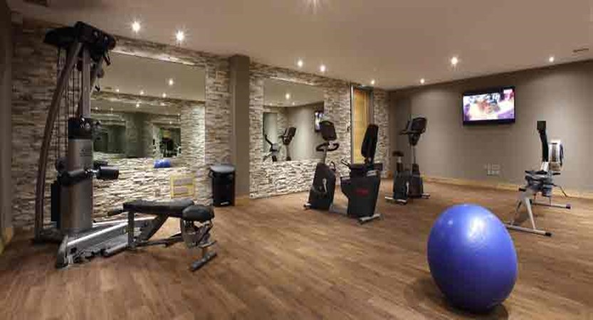 France_Les-Arcs_La-Source-des-Arcs-apartments_gym.jpg