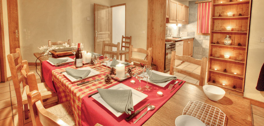 France_La-Plagne_Balcons-de-Belle-Plagne-Apartments_Dining-area-kitchen.jpg