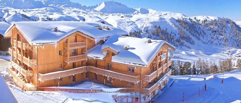 France_La-Plagne_Balcons-de-Belle-Plagne-Apartments_Exterior-snow.jpg