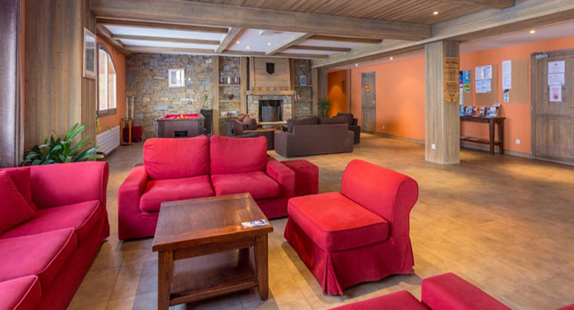 France_LaPlagne_Sun-valley-apartments_Reception-lounge2.jpg