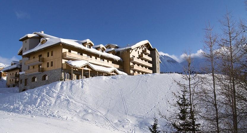 France_LaPlagne_Hotel-Vancouver_exterior2.jpg