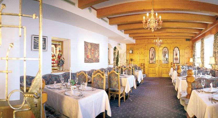 Hotel Bellevue, Obergurgl, Austria - Restaurant.jpg