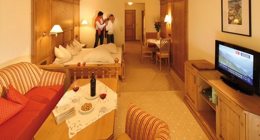 Hotel Wiesental, Obergurgl, Austria - double bedroom.jpg