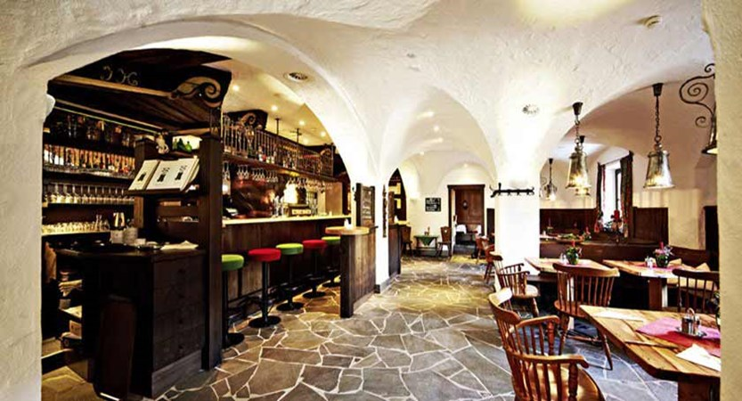 Hotel Saalbacherhof, Saalbach, Austria - hotel bar.jpg