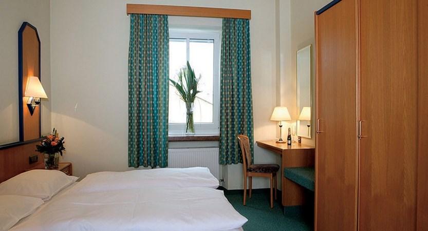 Hotel Hofwirt, Salzburg, Austria - bedroom interior.jpg