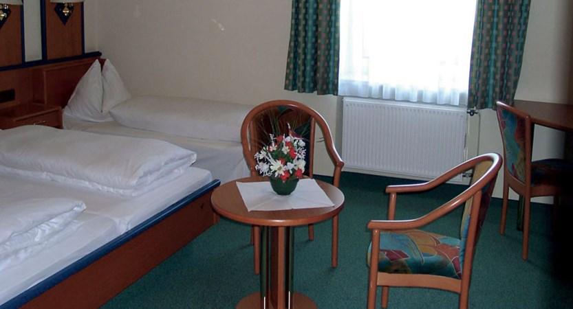 Hotel Hofwirt, Salzburg, Austria - bedroom.jpg