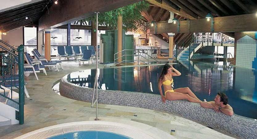 Ferienhotel Kaltschmid, Seefeld, Austria - Indoor pool & jacuzzi.jpg