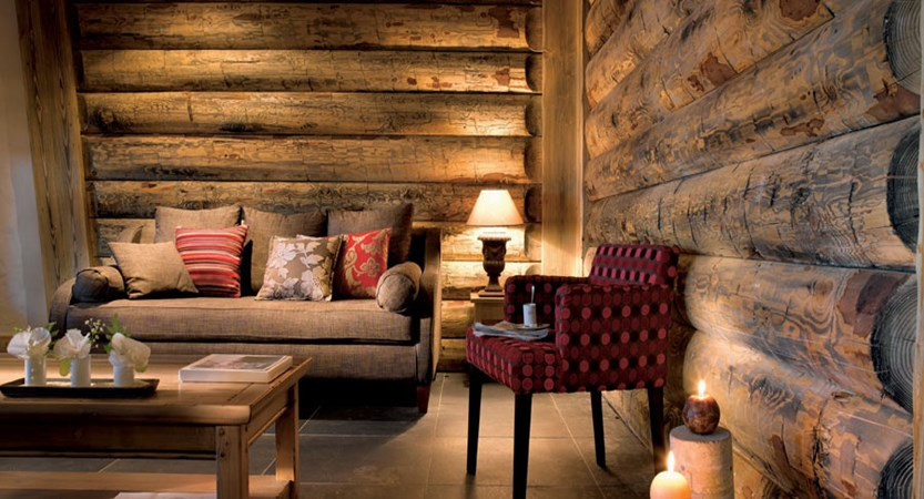 france_paradiski-ski-area_la-plagne_les_grange_du_soleil_apartments_lounge.jpg