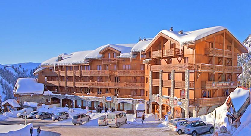 France_La-Plagne_Hotel-les-Balcons-Belle-Plagne_Exterior-winter3.jpg