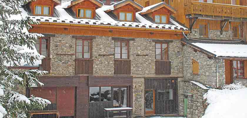 France_La-Plagne_Chalet-Chanterelles_Exterior-winter2.jpg