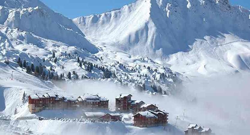 france_paradiski-ski-area_la-plagne_village.jpg