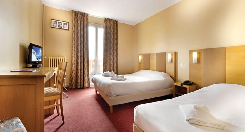 Chalet Hotel Les Cimes - bedroom
