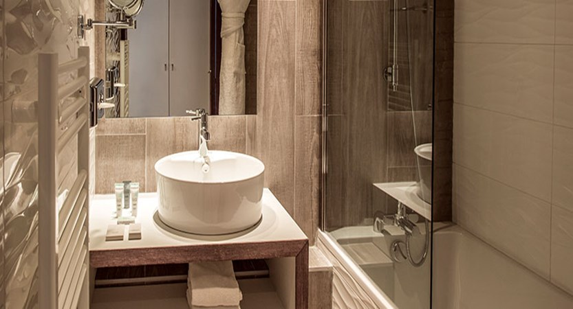 Hotel Pic blanc - bathroom