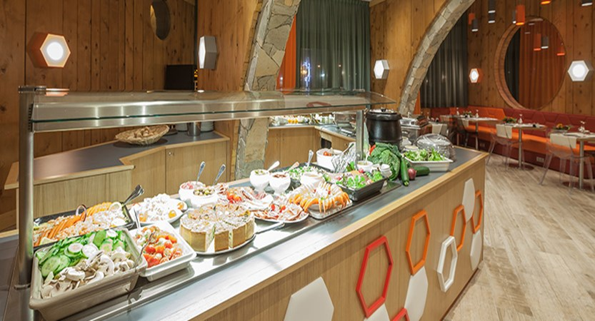 Le Royal Ours Blanc - buffet (1)
