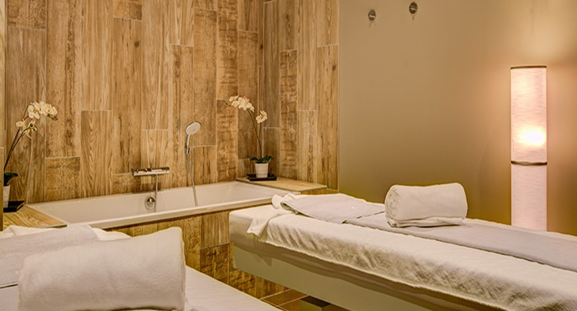 Le Royal Ours Blanc - treatment room