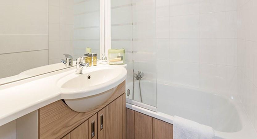 Hotel club les bergers - Bathroom