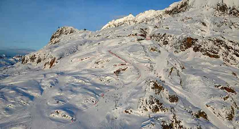 France_alpe_dhuez_slopes.jpg