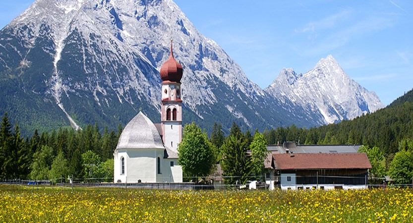 Austria_Austrian-Tyrol_Seefeld_Church-view.jpg