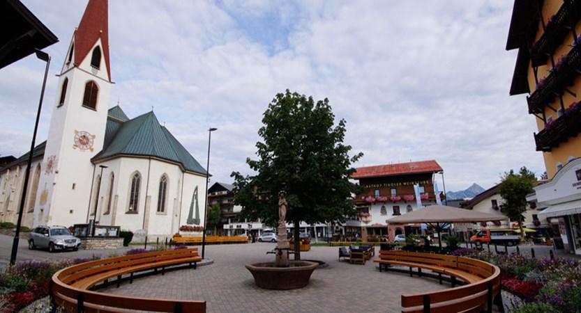 Austria_Austrian-Tyrol_Seefeld_Town-square.jpg